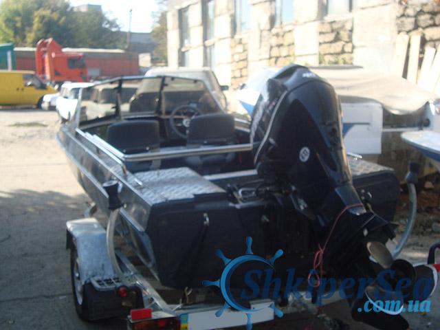 Установка лодочного двигателя
